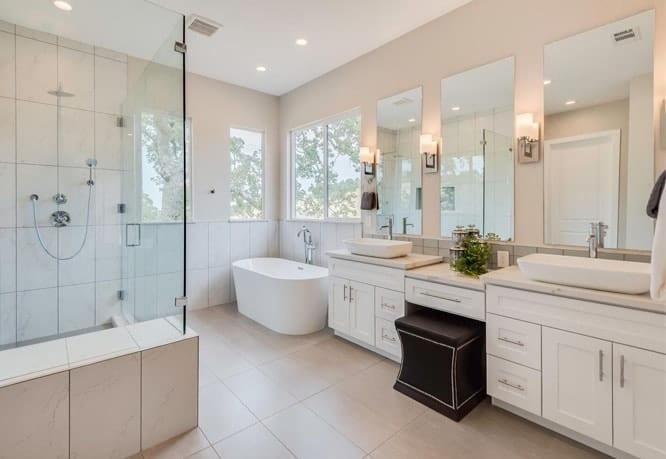 fullbathroom
