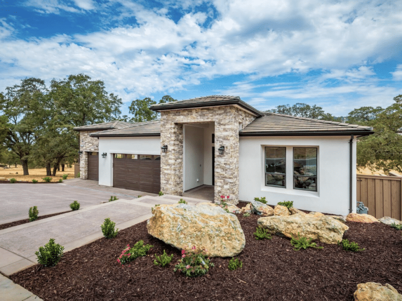 Custom home build in Folsom California by Cobex.