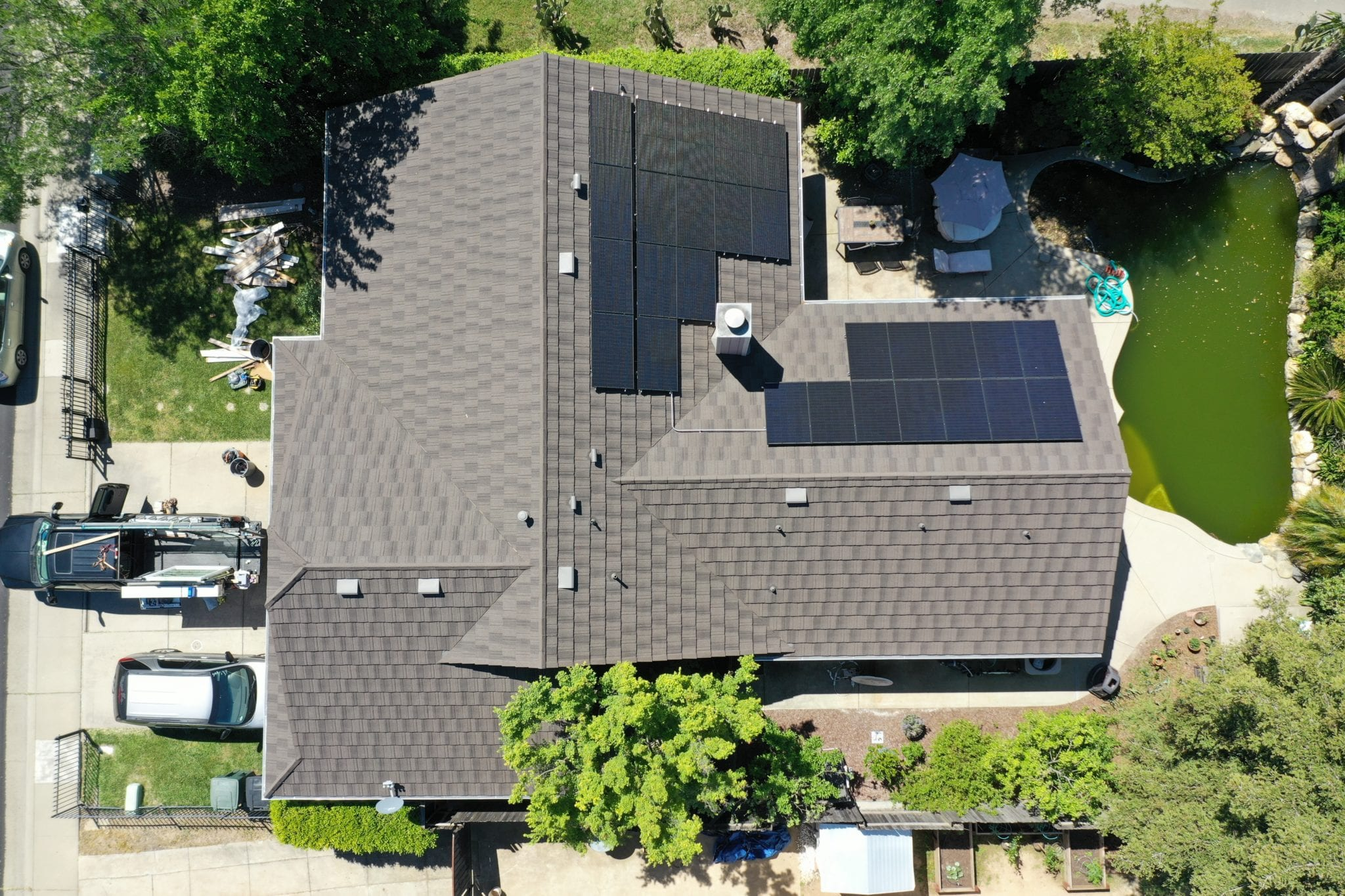 What's the Expiry Date on Your Roof? Change it Before it's Past Due. Here's Why!