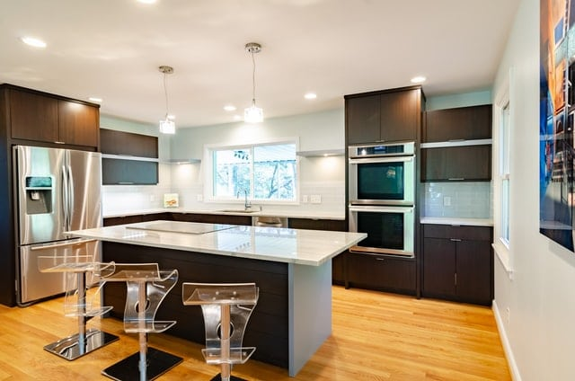 Dealing With Kitchen Remodels: 3 Essential Design Tips