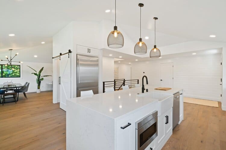 Homeowner's Guide: Is It Time to Have a Kitchen Remodel?