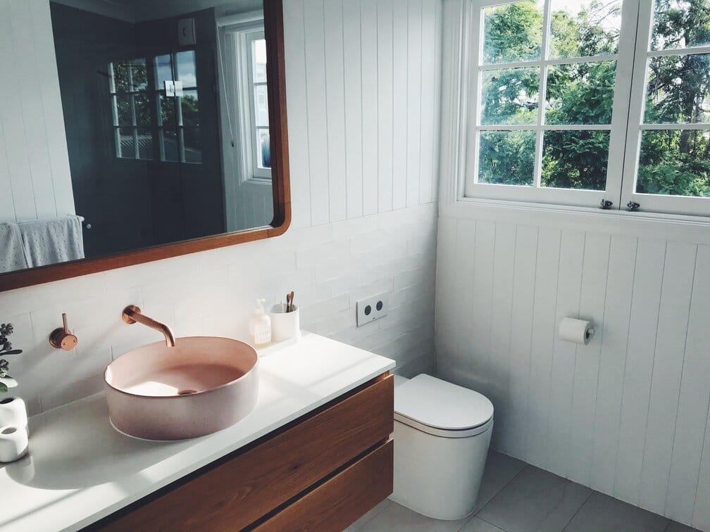 5 Quick & Easy Ways to Refresh the Look of Your Bathroom