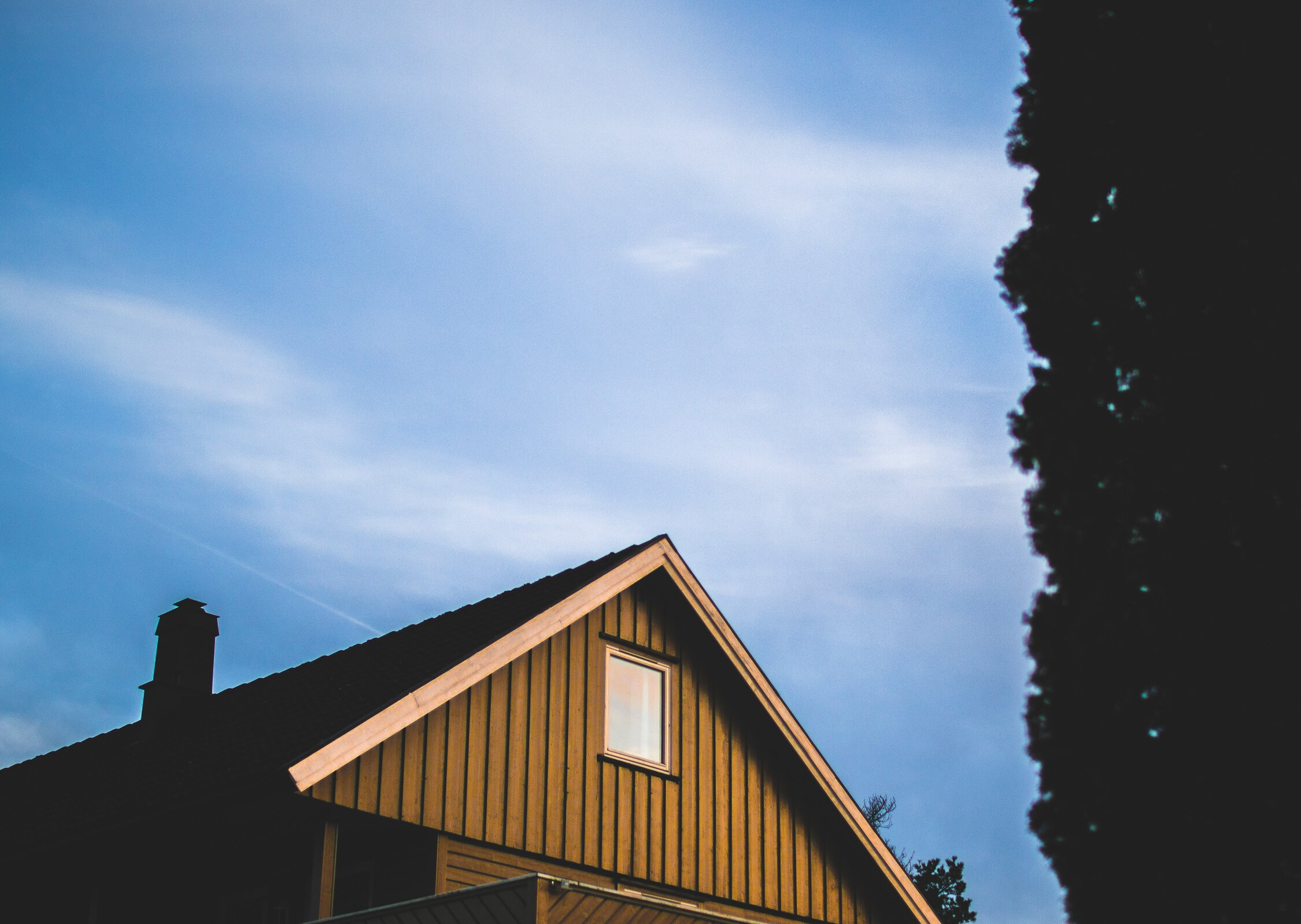 5 Tips to Get a Timeless Roof Style for Your Home